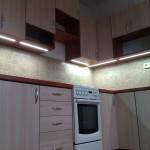kuchyň mahagon+akácie